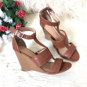 Express Wedge Cognac Brown Sandals | Size: 8